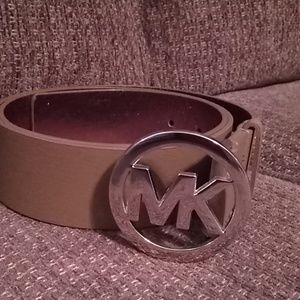 NWT Michael Kors size Large brown belt